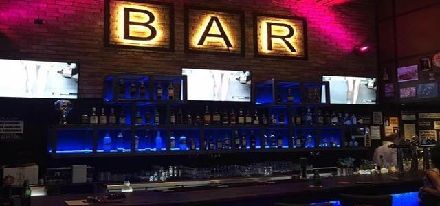 RoadTrip Bar & Grill